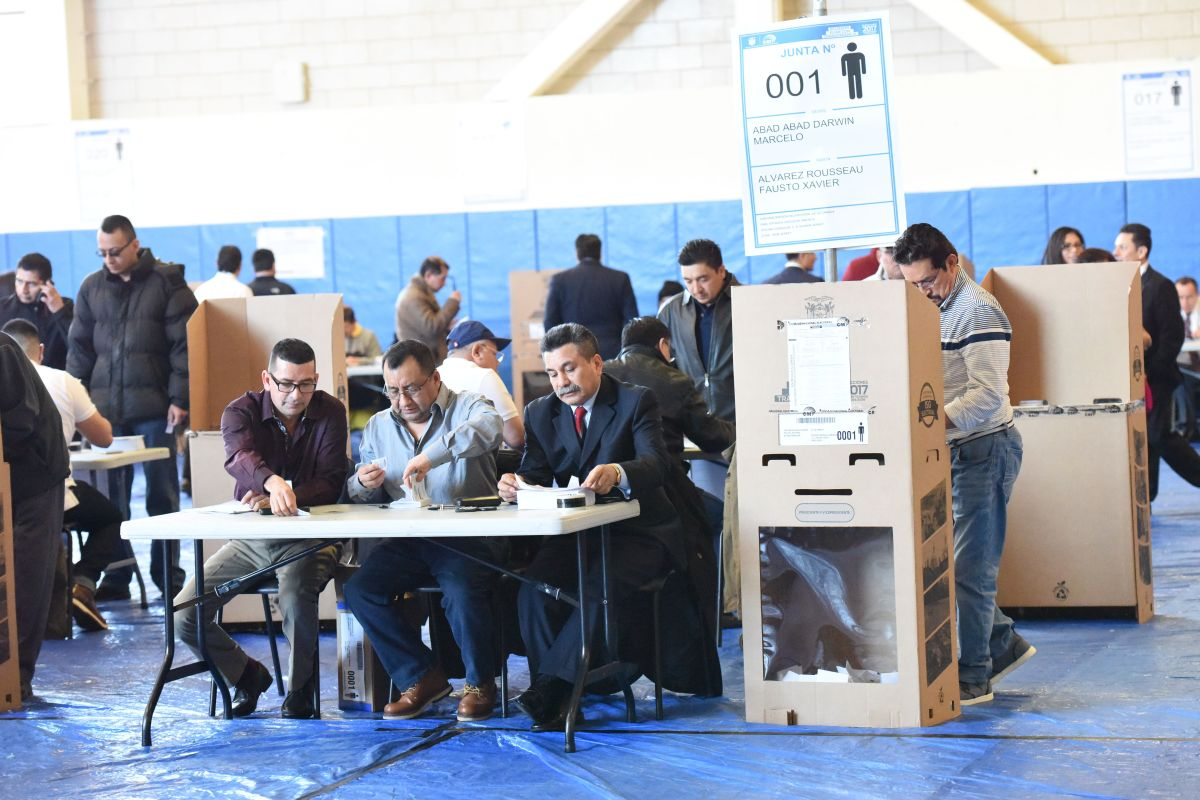 Candidates for the Assembly by Ecuadorians abroad present proposals