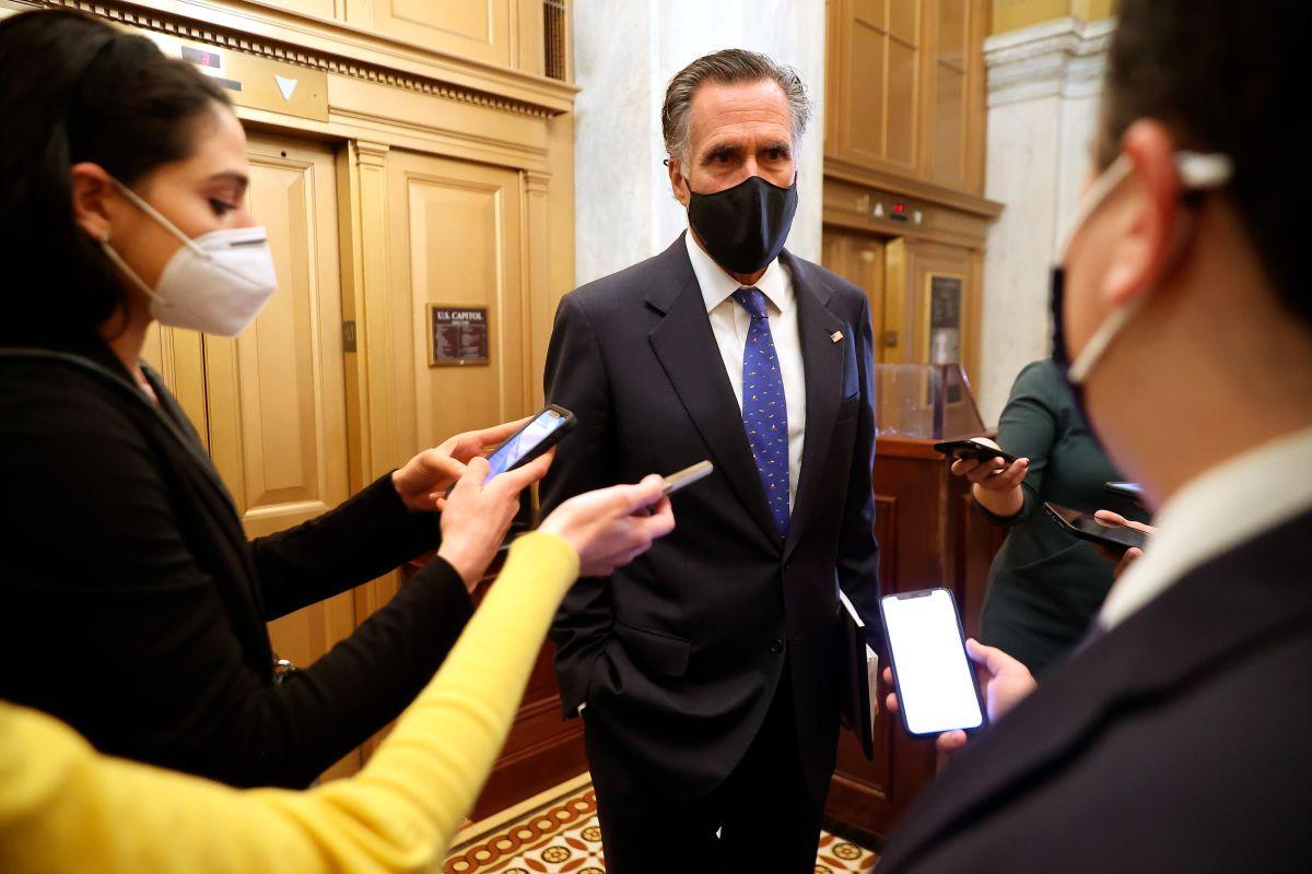 El senador Mitt Romney fue uno de los republicanos que voto a favor de la constitucionalidad del 'impeachment'.