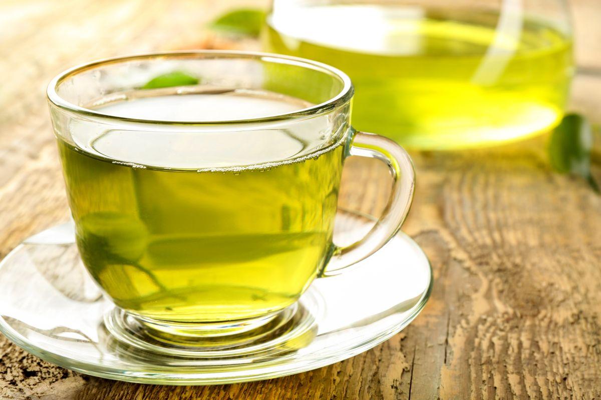 5 razones por las que tomar té verde diario puede agregar años a tu vida, según la ciencia