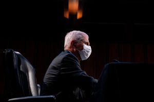 Gobierno de EE.UU. inicia estudio para saber si vacunados contra la COVID-19 pueden transmitir el virus