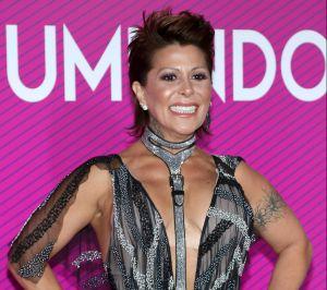 Alejandra Guzmán se montó encima de Omar Chaparro e hizo movimientos muy sugerentes