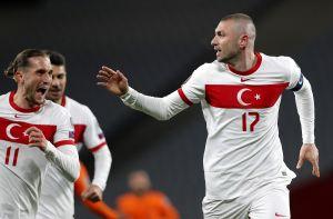 Yilmaz se ensañó contra Holanda en el inicio de las Eliminatorias Europeas