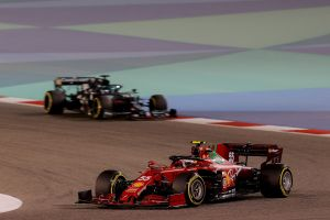Carlos Sainz hace soñar a Ferrari con un podio en el GP de Baréin