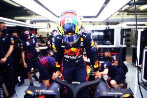 Checo Pérez: «Espero con ansias mi primera carrera en Red Bull»