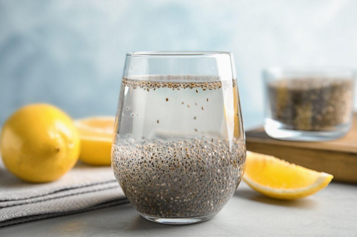 Las semillas de chía son consideradas uno de los super-alimentos más valorados en la actualidad. Benefician la salud digestiva, cardiovascular y el adelgazamiento.