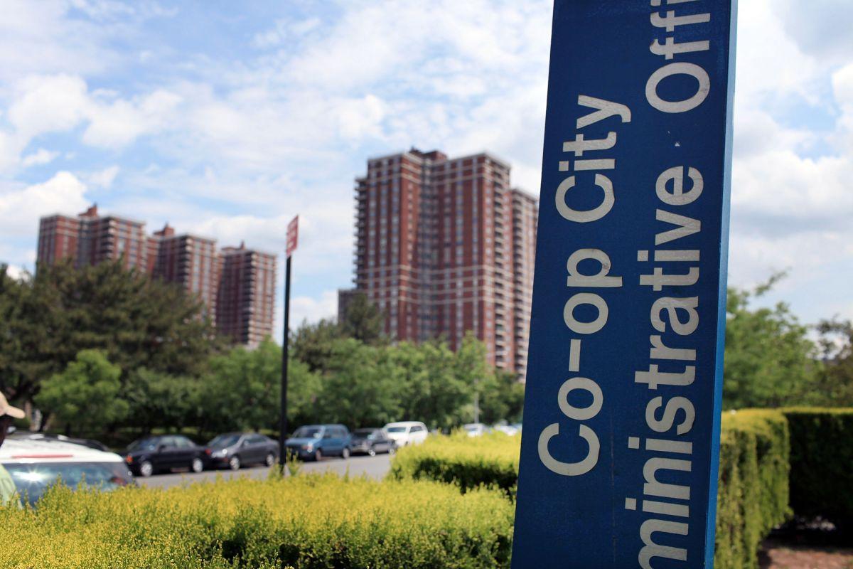 Abrirán nuevo sitio de vacunación contra el COVID-19 en el complejo de viviendas Co-Op City en El Bronx