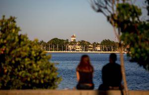 Cierran parte del club de Trump en Mar-a-Lago, Florida, por brote de coronavirus