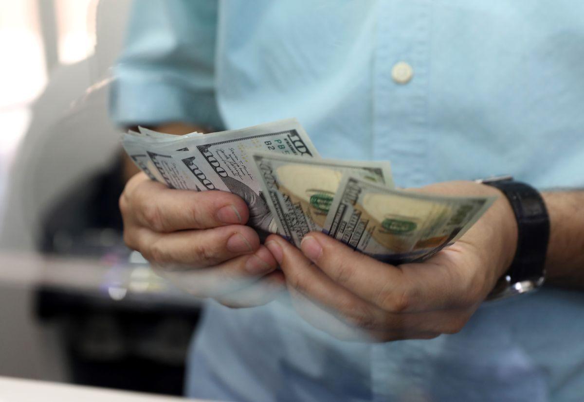 Una pareja casada podrá ahorrar hasta $20,400 dólares en impuestos por prestaciones de desempleo