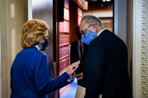 Demócratas en el Senado aprobarán este fin de semana paquete con cheques de estímulo pese a obstrucción de republicanos
