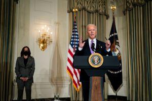 """Administración Biden confirma en eventos el envío de cheque de estímulo """"dirigido"""""""