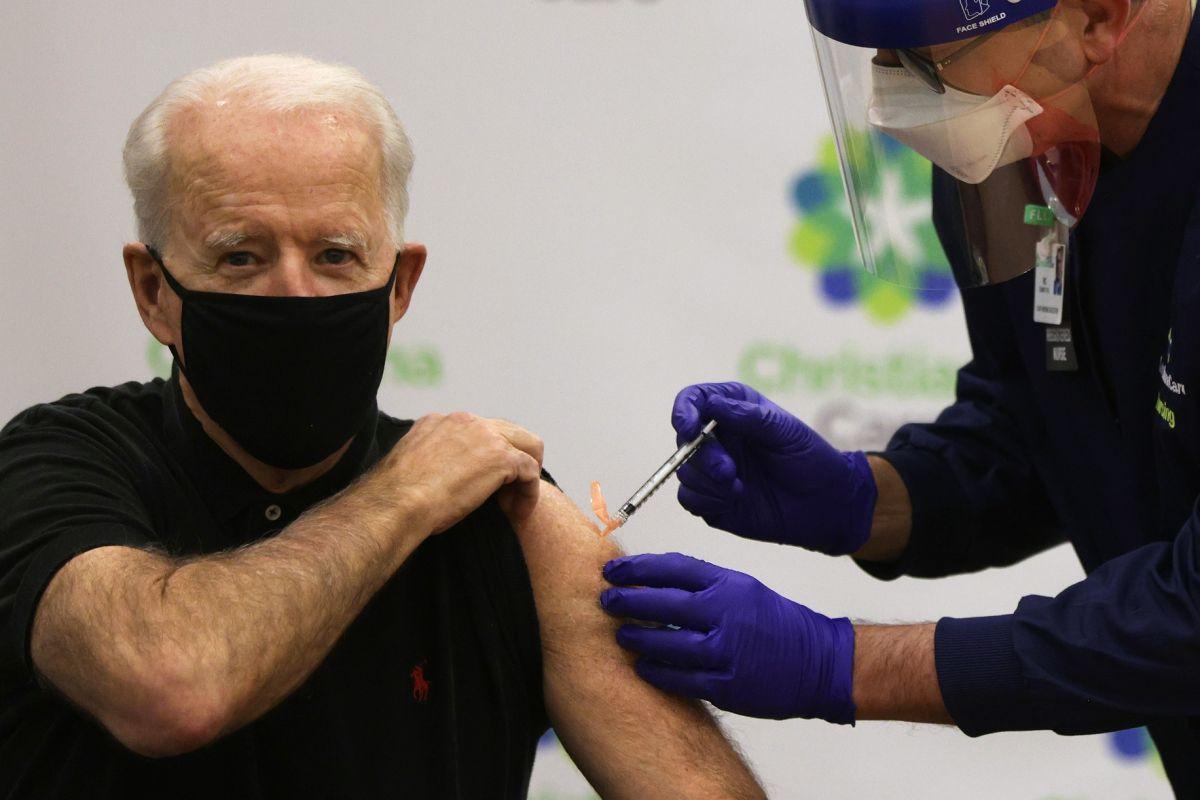 Administración Biden destina $10,000 millones a plan de vacunas contra COVID-19 para poblaciones vulnerables