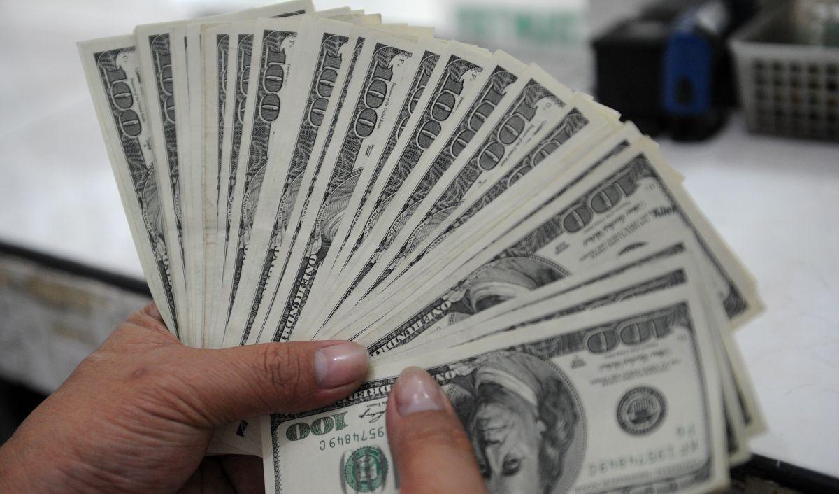 El 70% de los estadounidenses apoyan el cheque de estímulo: en qué estados la medida es más popular