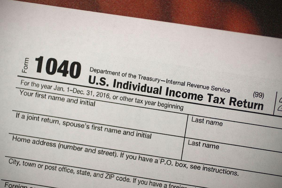 Uno de los formularios de declaración de impuestos al IRS.