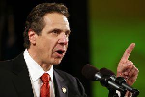 El 50% de los neoyorquinos no cree que el gobernador Cuomo deba renunciar