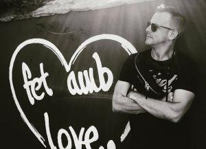 Alex Casademunt: Conmoción por la muerte del cantante en un accidente