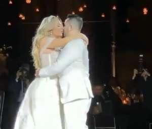 Después de 13 años juntos y vencer la depresión, Helen Ochoa protagonizó la boda del año