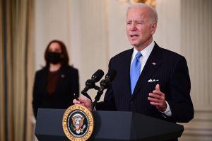 Biden anuncia que EE.UU. podrá vacunar a todos sus adultos a finales de mayo