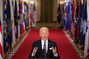Biden dice que en 10 días se habrán aplicado 100 millones de vacunas en EE.UU, una de sus metas