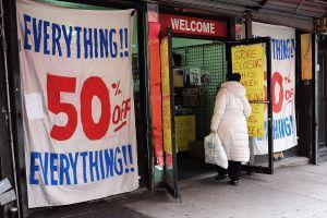 Proyectos de ley dan alivios y eliminan multas a pequeños negocios en NYC afectados por el COVID-19