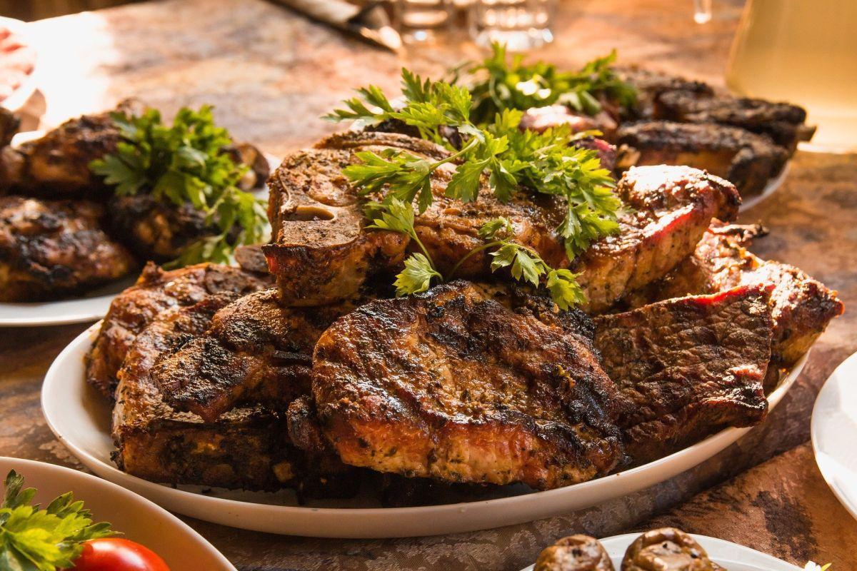 Platón de cortes de carne
