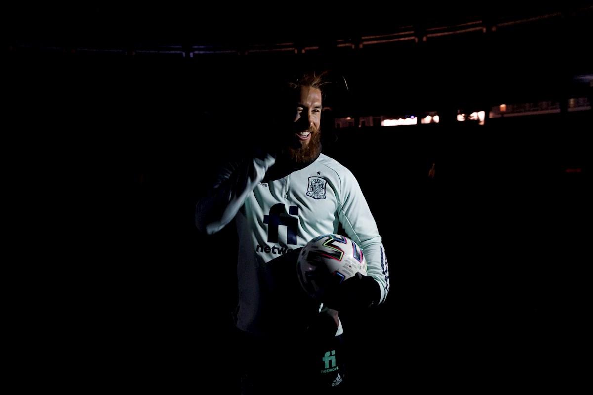 Llegó a 35 años: ¿Sergio Ramos es el mejor central de la historia?