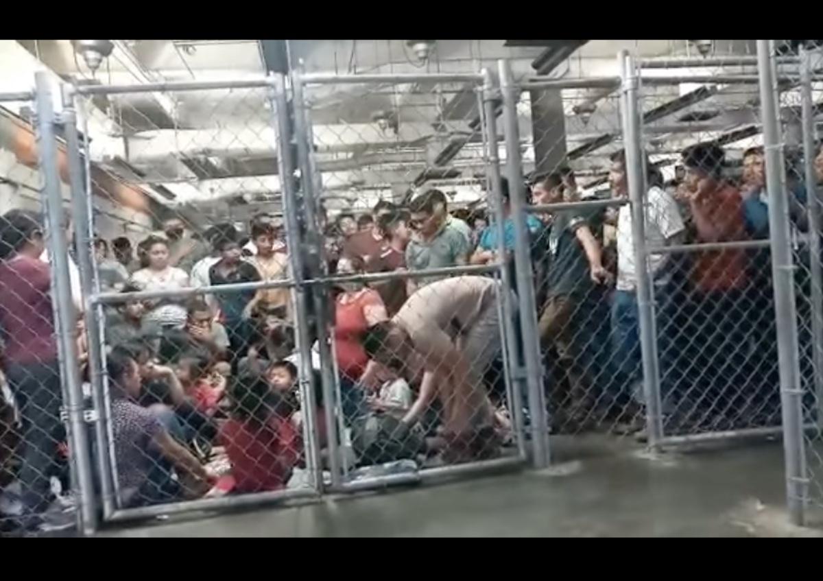 VIDEO: Migrantes en jaulas en México, comparan a Gobierno de AMLO con Trump por esta situación