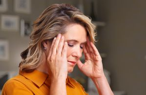3 consejos de neurocientíficos para liberarse del dolor de cabeza