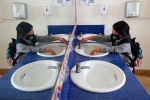 Muere estudiante de 13 años en Brasil tras regresar a clases y contagiarse de coronavirus