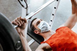 ¿Qué tan bueno o malo es hacer ejercicio con mascarilla?