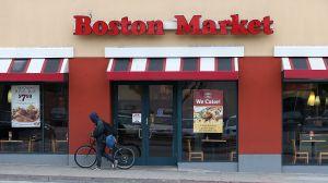 Si quieres trabajar en Boston Market, los empleados ganan entre $8.97 y $9.20 la hora