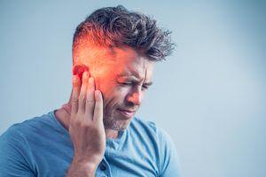 Descubren que el coronavirus puede traer problemas de audición
