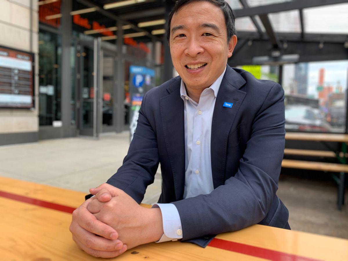 """Andrew Yang: """"Quiero hacer más por la comunidad latina"""""""