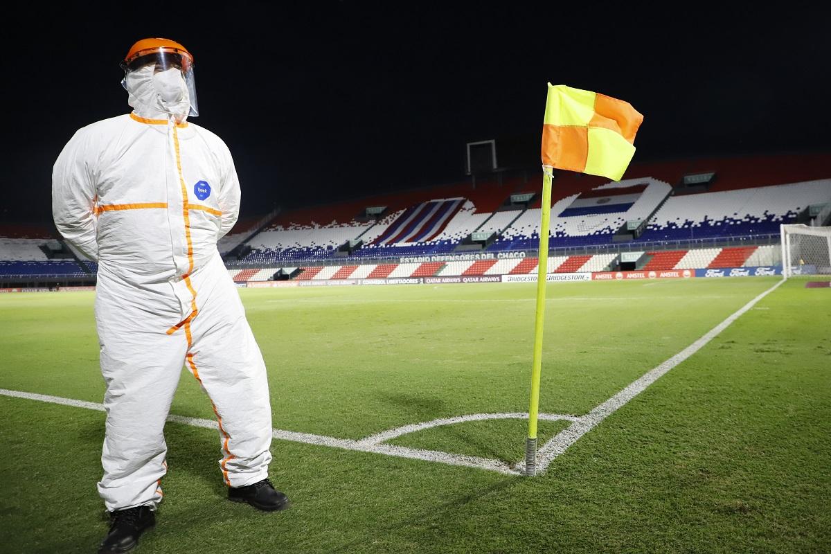 Conmebol logró obtener 50,000 vacunas para futbolistas de Sudamérica