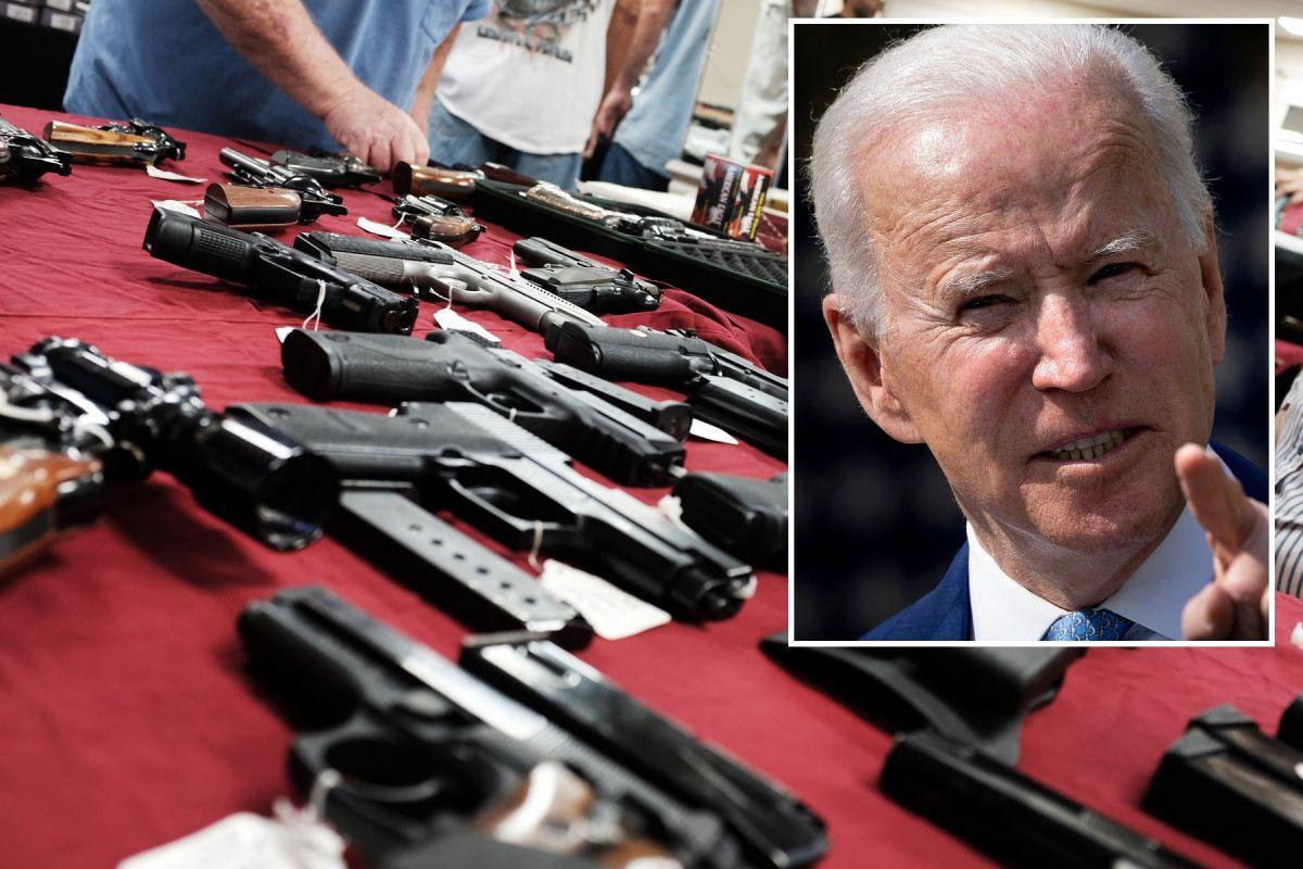 """Biden endurece acciones contra violencia con armas y el tráfico de equipo """"fantasma"""""""