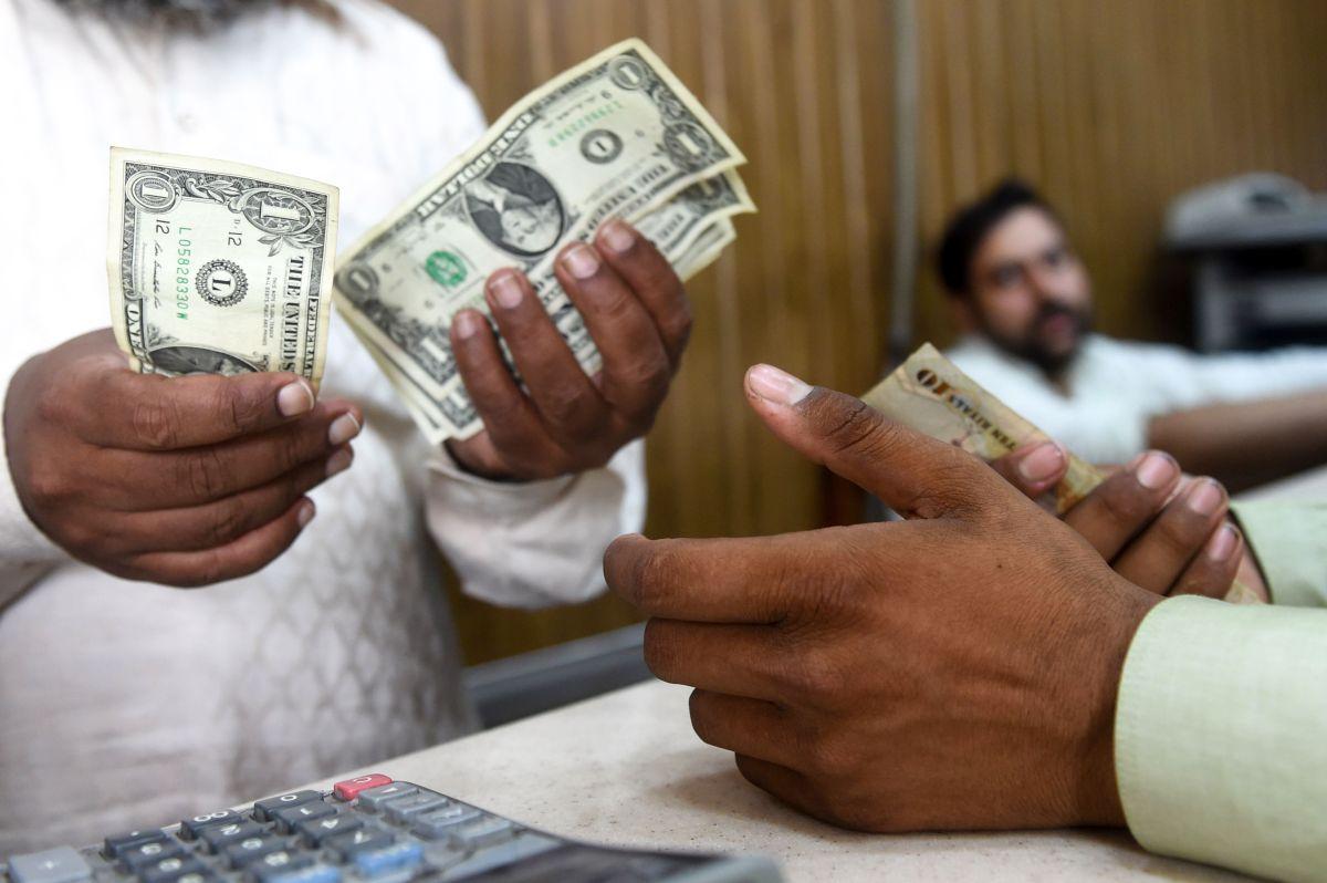 Seis estados están tomando medidas para evitar que embarguen tu cheque de estímulo
