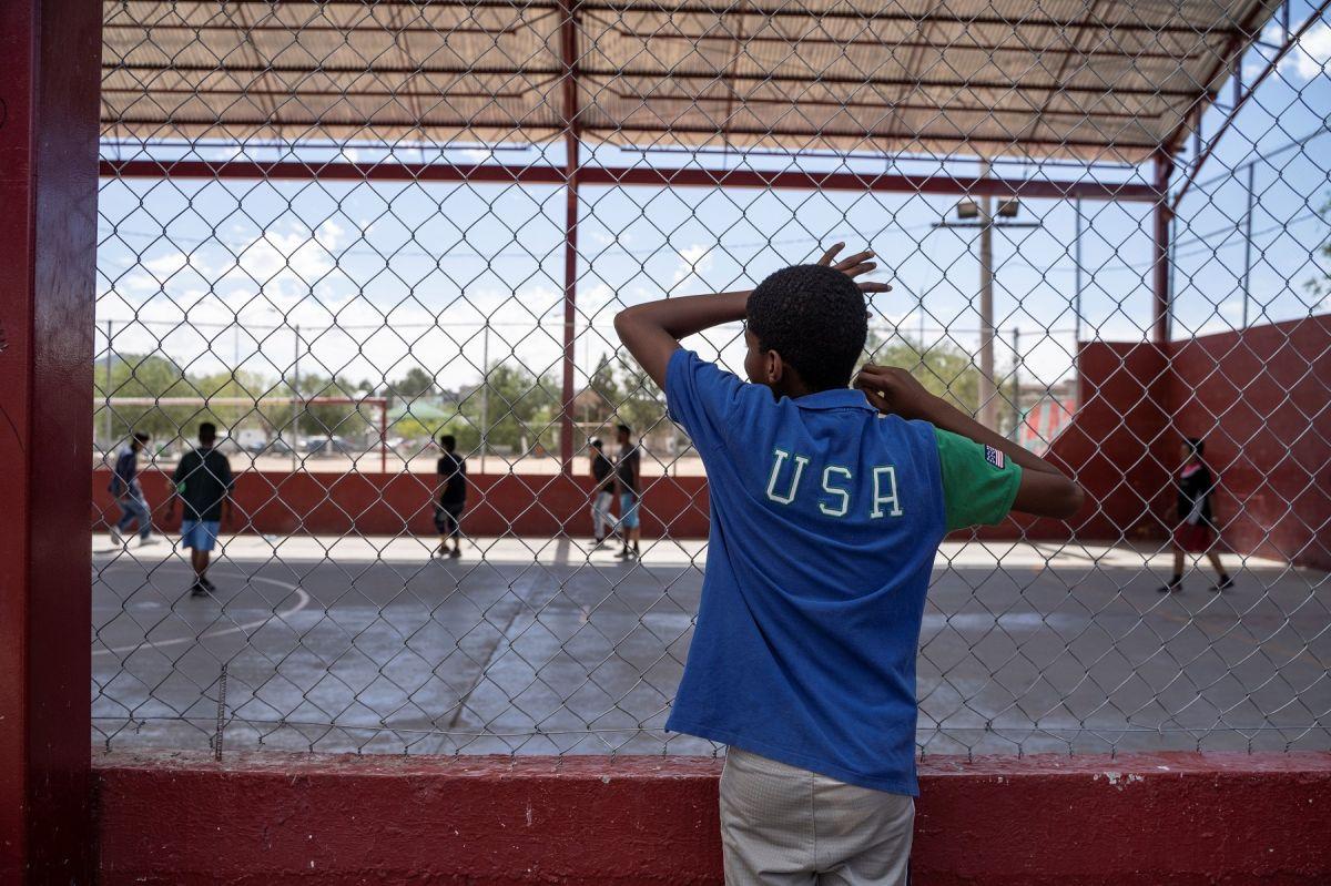 Padres enviaron solo a su hijo de 7 años de Guatemala a EE.UU. y ahora lo quieren de vuelta