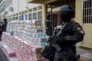 Pastora dominicana acusada junto a exescolta de Danilo Medina en trama millonaria de corrupción con villas de lujo