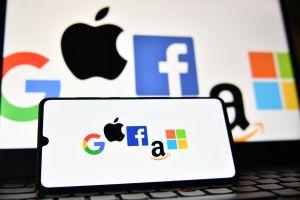 Cómo Facebook, Google y Apple se están beneficiando con la llegada del tercer cheque de estímulo