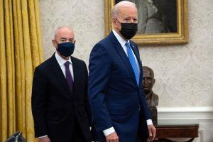 Biden logra avances en inmigración en sus primeros 100 días, pero falta el cambio profundo