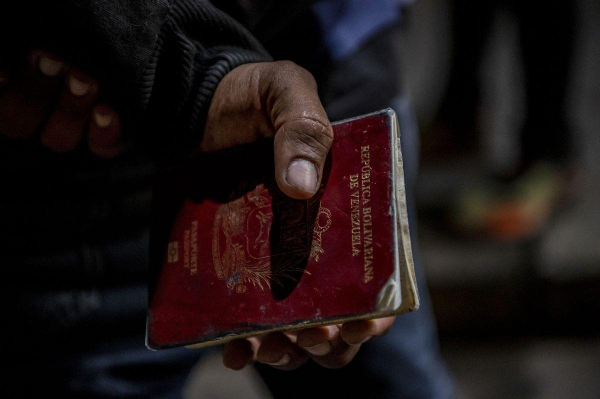 Futbolista venezolano ruega renovación del pasaporte para fichaje en Brasil