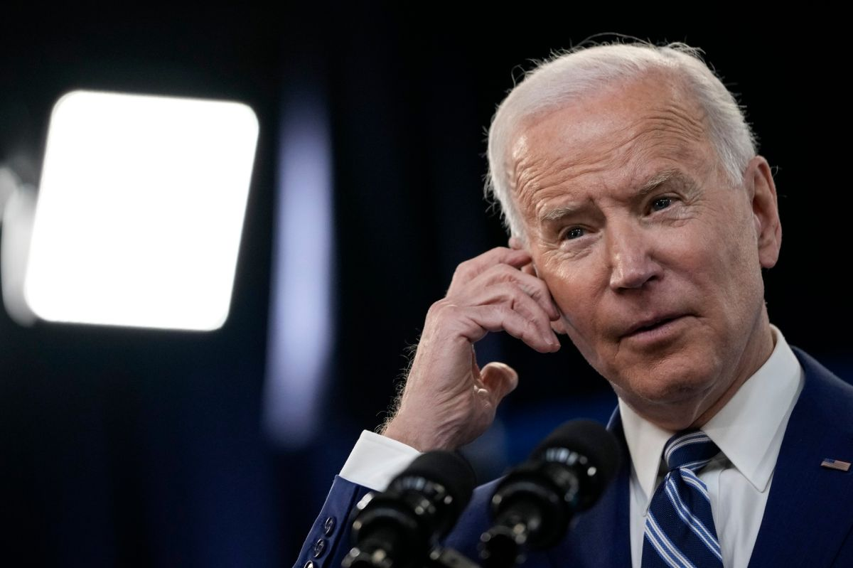 El presidente Joe Biden defiende su plan de infraestructura y empleo.