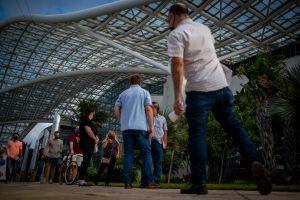 Puerto Rico multará con $300 a viajeros que lleguen a aeropuertos sin prueba negativa de COVID-19