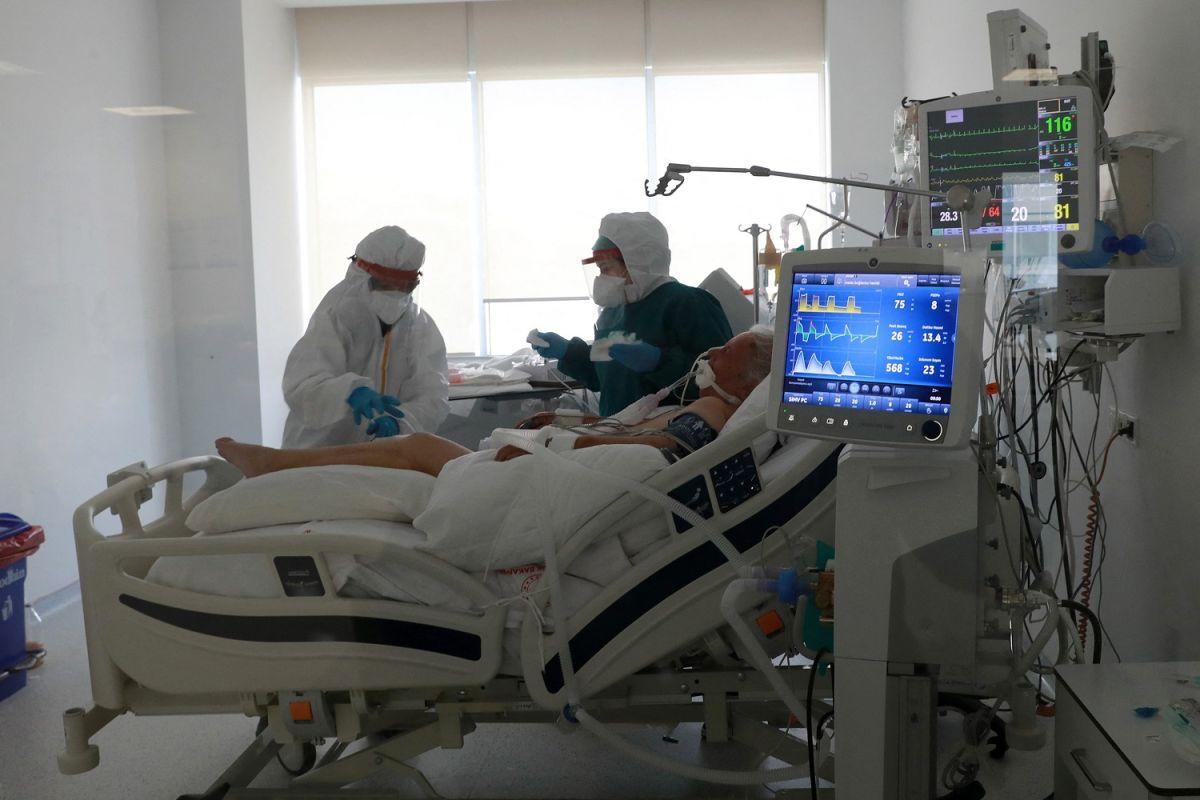 Enfermos de COVID-19 tienen mayor riesgo de morir 6 meses después de la infección