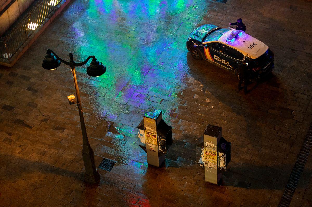 """Pandilleros de """"Dominican Don't Play"""" y Trinitarios se enfrentan con palos, machetes y más en plena calle de Madrid"""