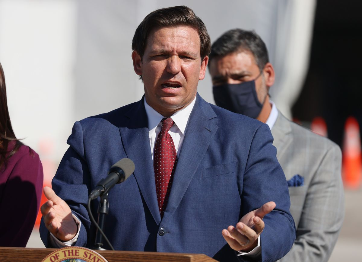 Foto de archivo del gobernador de Florida, Ron DeSantis.