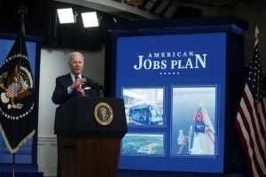 Expertos destacan acciones económicas de Biden en sus primeros 100 días de gobierno