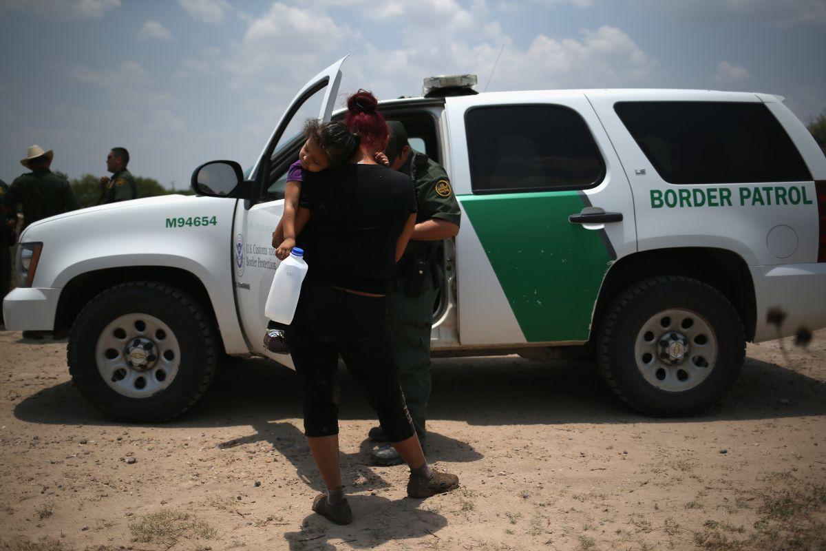 La mayoría de los salvadoreños emigra por razones económicas, no por inseguridad