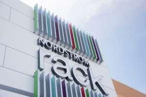 Educadora que arrestaron en tienda Nordstrom de Texas por no usar mascarilla dice que es una mujer de Dios