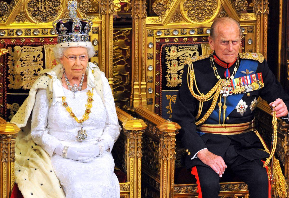 El príncipe Felipe, esposo de la reina Isabel II, no tendrá un funeral de estado