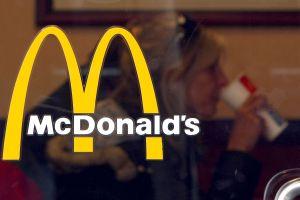 McDonald's y Domino's crecen más de lo esperado gracias a los cheques de estímulo